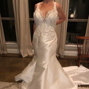 Allure bridal gown  - NEW